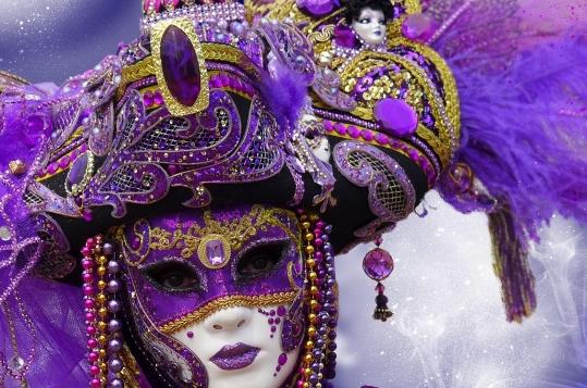 Was hat ein gutes Karnevalskostüm mit einem Lebenslauf gemeinsam?